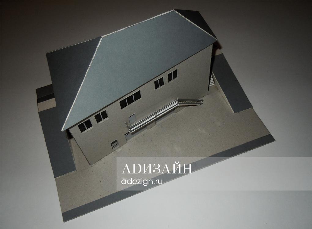 Гражданское здание административно-торгового типа. Макет: ракурс №3
